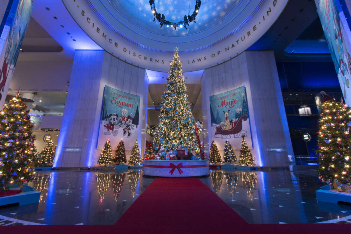 christmas around the world the museum of science and industry chicago - Christmas Tree In Chicago
