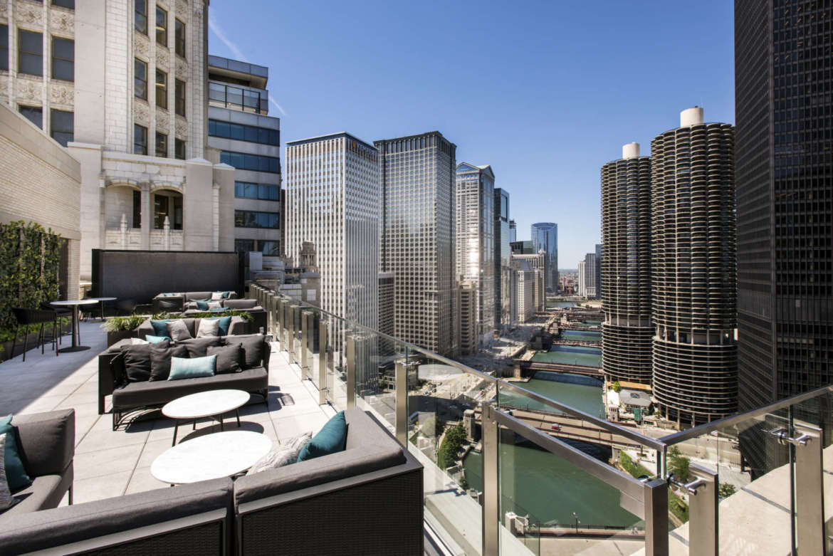 Rooftop Season Isn't Over Yet: 12 Chicago Rooftops Bars to ...