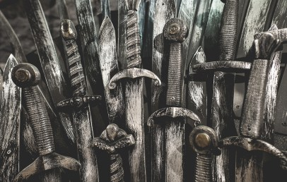 iron throne michigan avenue