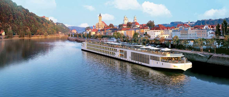 CC_FINO_Ship_Passau_2012_1680x716_tcm21-