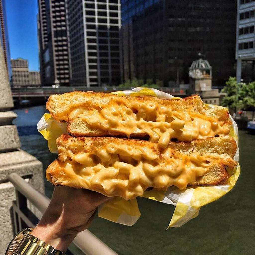 Cheesiest Eats in Chicago