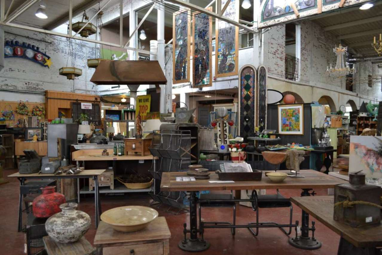 Black Dog Salvage, Roanoke, Virginia