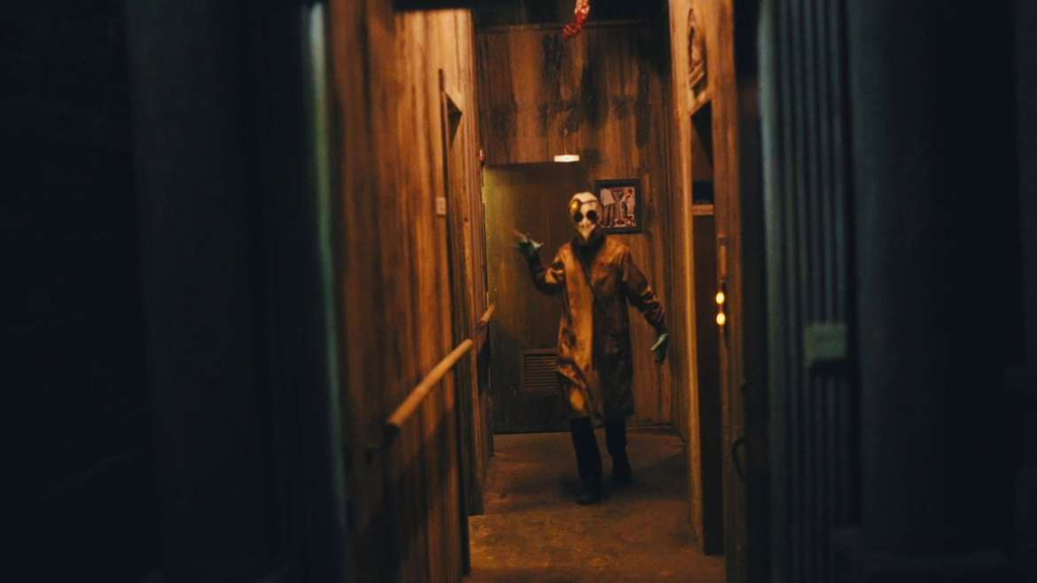 terrifying haunted houses that will scare the shit out of you rh urbanmatter com