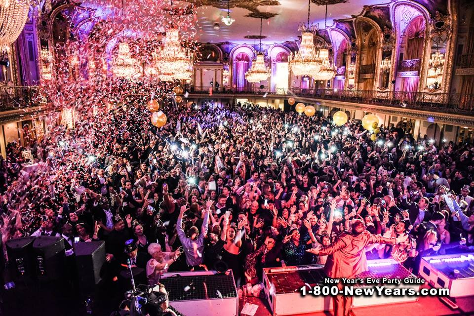 The Ultimate Guide to New Year's Eve in Chicago