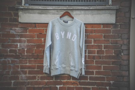 BYND Sweatshirt gray