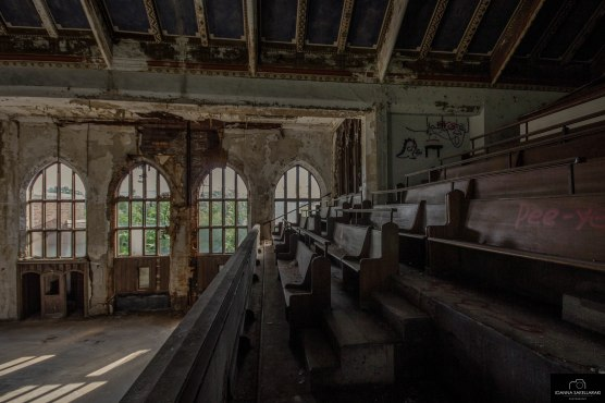 abandoned ex Cathedral in Detroit