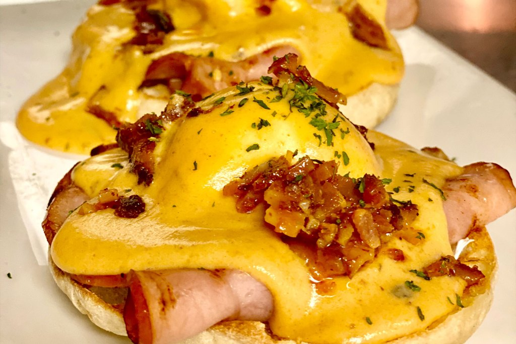 Urban MO's Chipotle Eggs Benedict