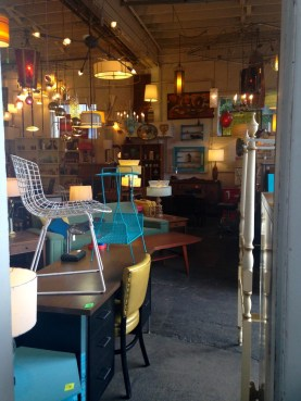 Lounge Lizard, a neat vintage shop