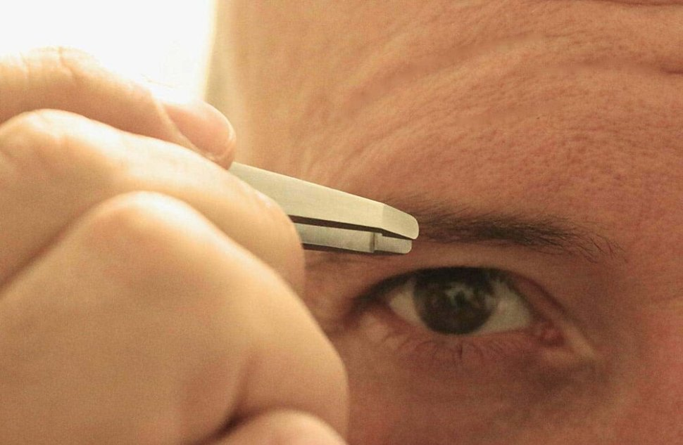 Manscaping Eye Brow