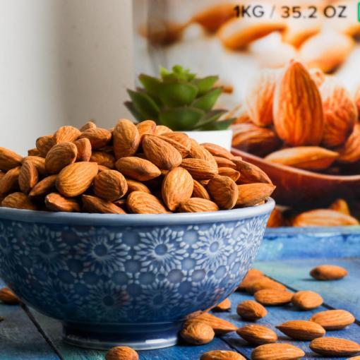 Urban Platter California Almonds, 1kg