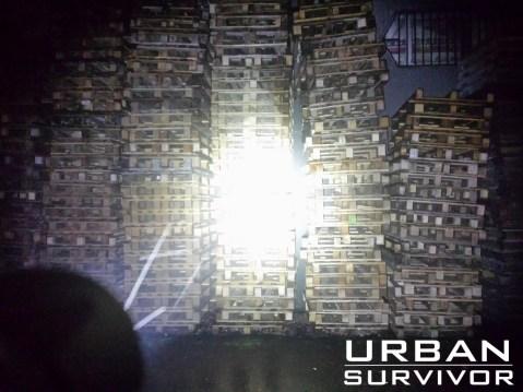 Light beam at distance of 10 m (33 feet)