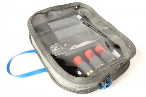 Velcro-Bag-02-Use-600x400