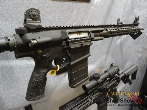 Shot Show Daniel Defense DD4V1 V1