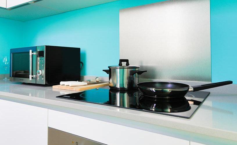 Cocina en apartamento un dormitorio 1 urbanvida la latina