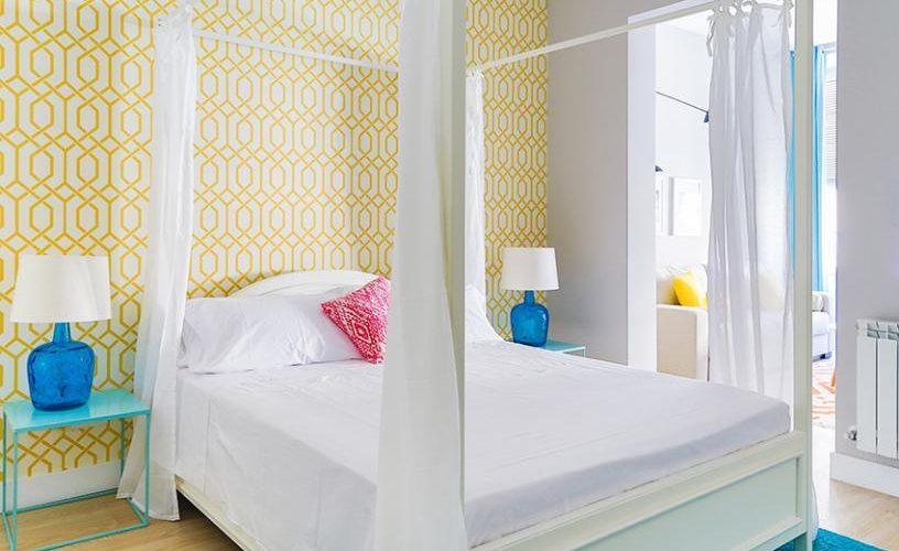 Habitacion en Apartamento un Dormitorio UrbanVida La Latina