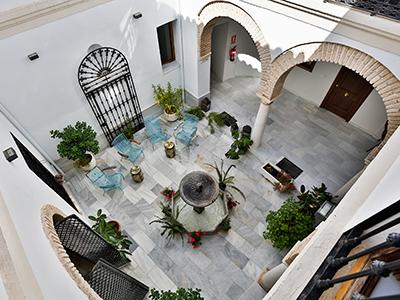 patio-y-fachada-leiva-007 - Urban Vida