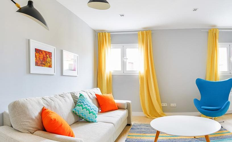 Salon en Apartamento un Dormitorio 4 UrbanVida La Latina