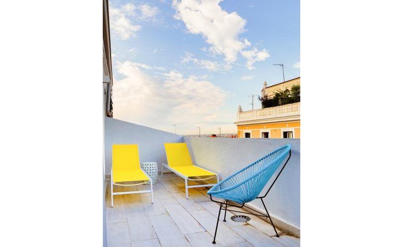 Terraza en atico con terraza UrbanVida La Latina3