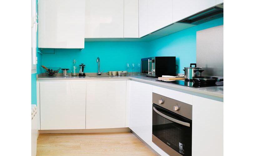 Cocina en apartamento un dormitorio 1 urbanvida la latina2