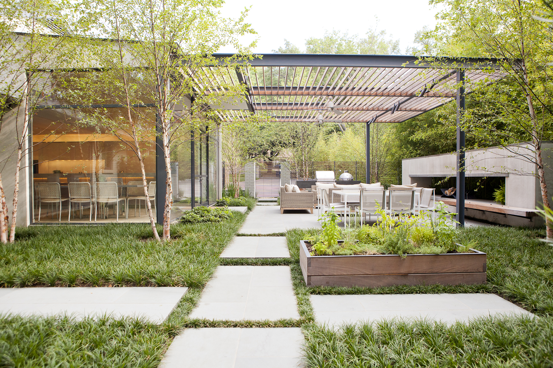 How to Create a Contemporary Indoor-Outdoor Living Space ... on Enclosed Outdoor Living Spaces  id=48916