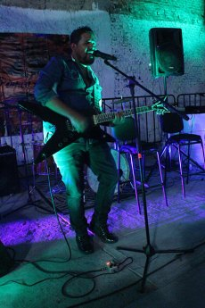 urbeat-galerias-gdl-los-Bluejays-Alain-Bultrago-04feb2016-05