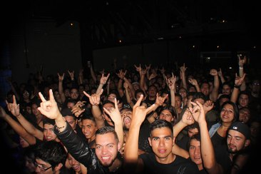 urbeat-galerias-gdl-c3-stage-warcry-24feb2016-16