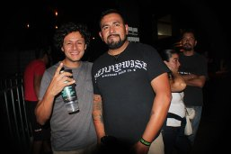 urbeat-galerias-gdl-c3-stage-Pennywise-10abr2016-01