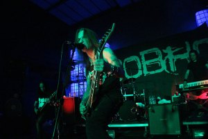 urbeat-galerias-gdl-Children-of-Bodom-19may2016-02