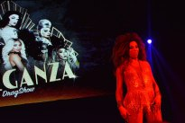urbeat-galerias-gdl-eleganza-drag-show-15dic2017-07