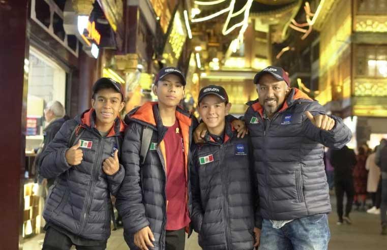 Delegación Mexicana en Shangái China
