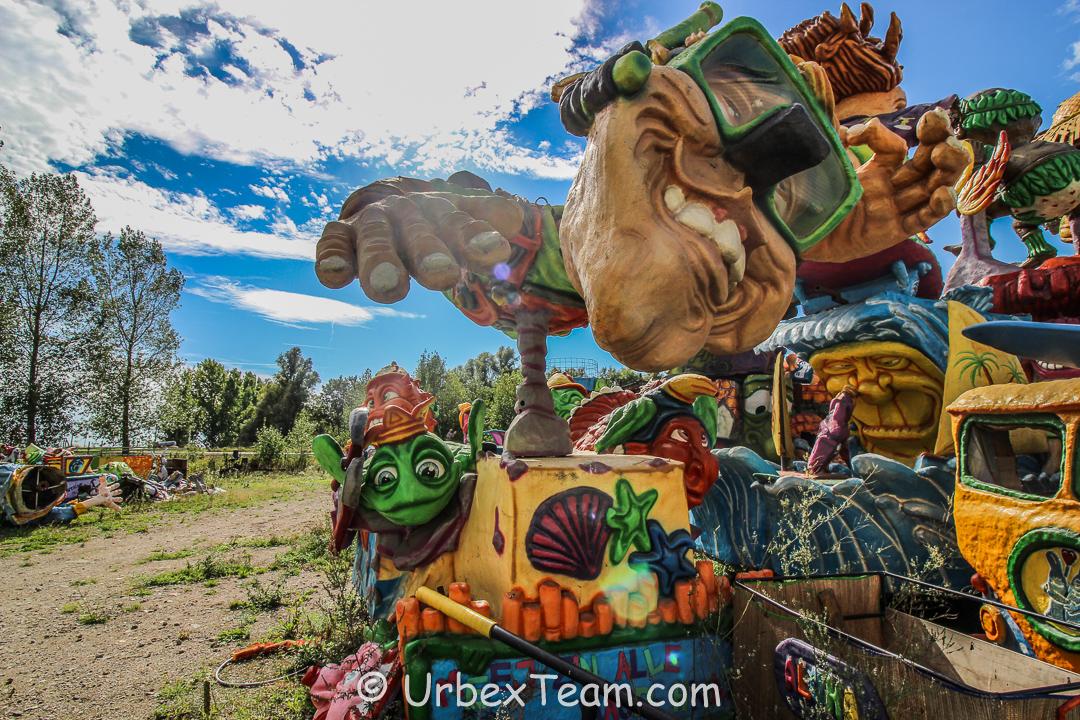 Carnaval Graveyard 10