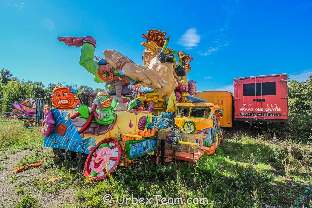 Carnaval Graveyard 15