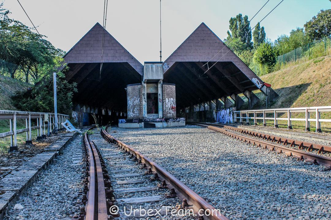 Metro Chet 9