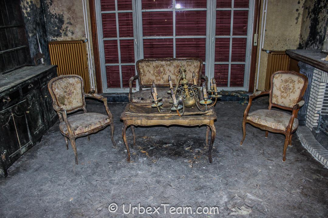 Mold House 2 9