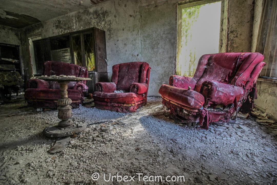 Mold House 2