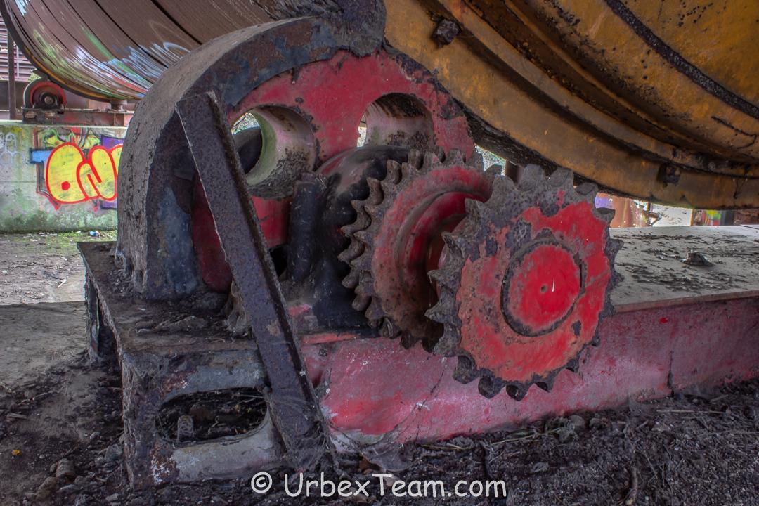 Factory Trawa 9