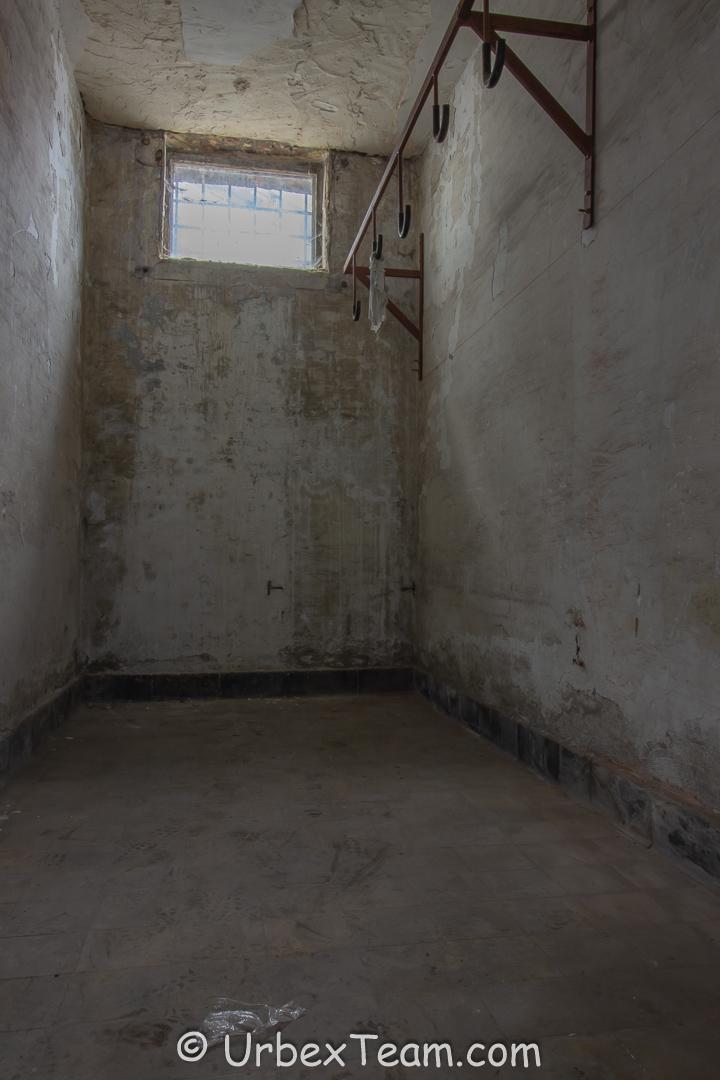 Prison H7 3