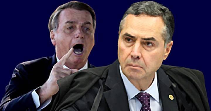 """Depois do """"caguei"""", Bolsonaro xinga Barroso de """"idiota"""" e """"imbecil"""""""