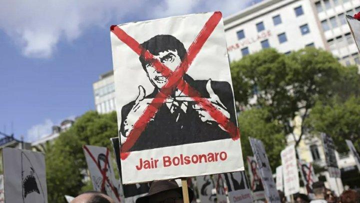 Câmara de Lisboa envia dados de ativistas contra Bolsonaro e Temer a consulado e embaixada do Brasil
