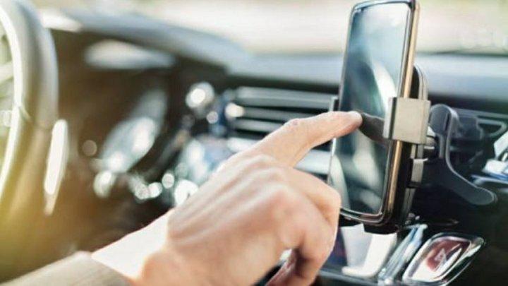 Motoristas de aplicativo desistem de trabalhar após disparada do preço dos combustíveis
