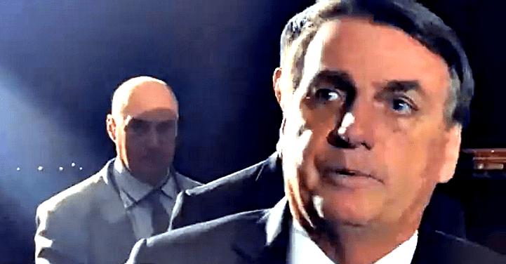 """""""Não sou dono da Petrobras"""", diz Bolsonaro ao comentar provável aumento do preço do diesel"""