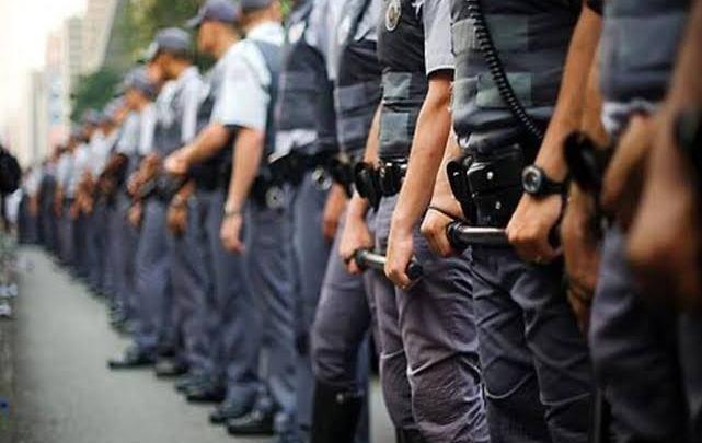 MPF avisa que punirá policiais que atentarem contra a Constituição