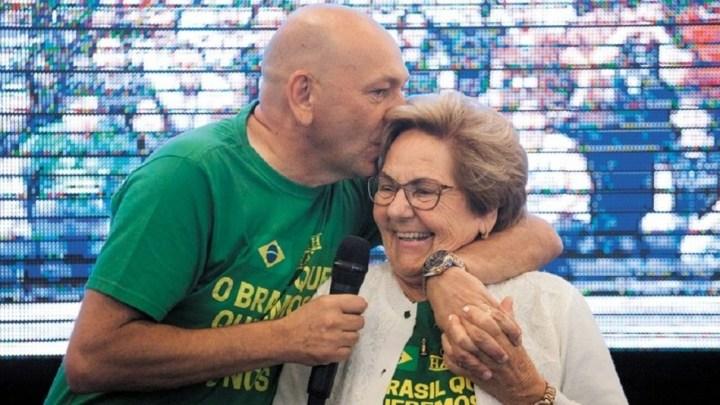 Declaração de óbito da mãe do véio da Havan foi fraudada na Prevent Senior, diz dossiê entregue à CPI