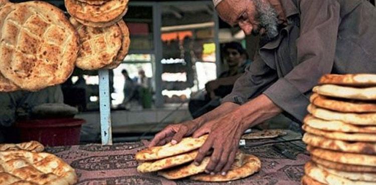 نانبائیوں نے روٹی کی قیمت 15 روپے کرنے کا عندیہ دے دیا