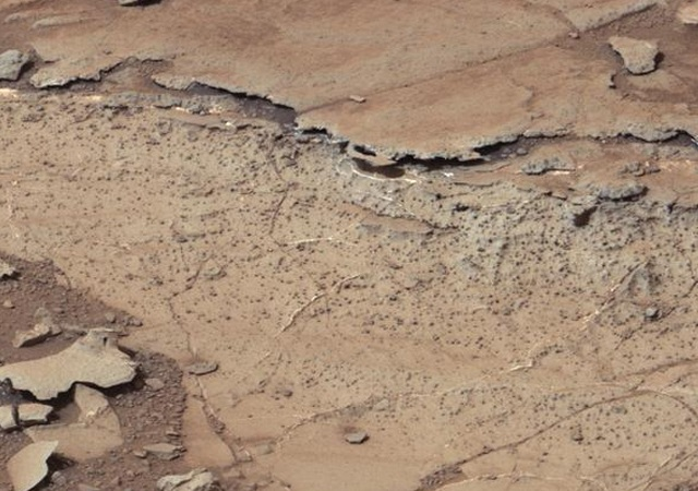 مریخ سیارے کی ناقابلِ یقین تصاویر سامنے آگئیں 8