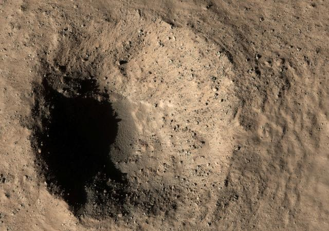مریخ سیارے کی ناقابلِ یقین تصاویر سامنے آگئیں 3