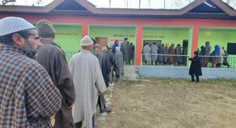 ڈی ڈی سی انتخابات کا پہلا مرحلہ شروع،ووٹنگ جاری