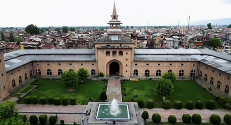 عالمی وبا کی دوسری لہر ،کشمیر میں لاک ڈاﺅن جاری،جمعتہ الوداع پر مساجد خاموش