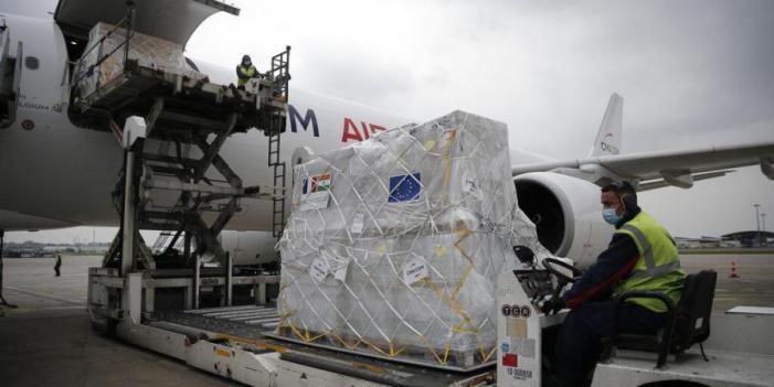 فرانس نے آٹھ جدید ترین آکسیجن جنریٹر بھیجے ، چار کو دہلی میں نصب کرنے کا فیصلہ