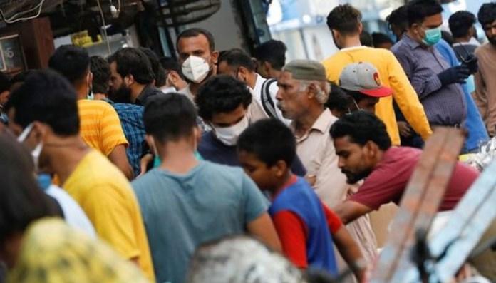 کورونا: عوام نے احتیاط نہ کی تو مزید پابندیاں لگ سکتی ہیں، اسد عمر 1
